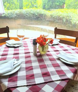 LA LAMPARA TABLE SETTING