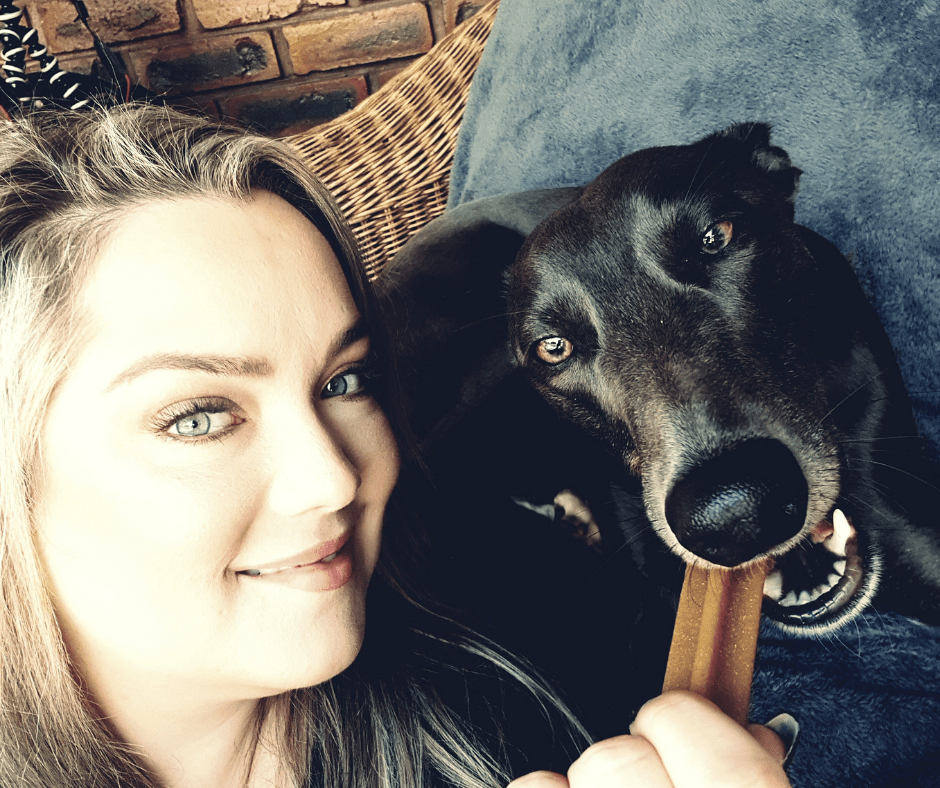 Snap a selfie with the Pedigree Dentastix Selfie-STIX